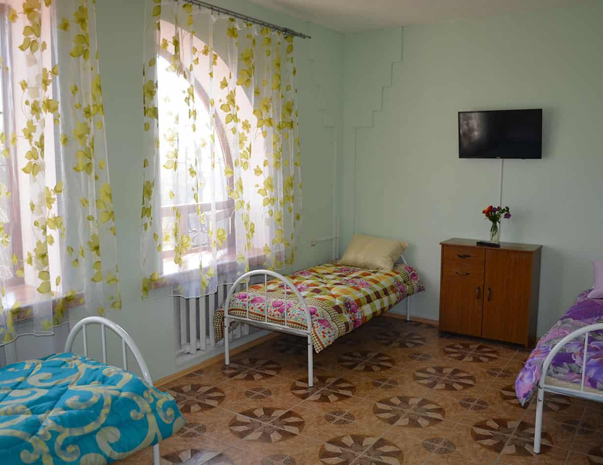 """Комнаты в доме для престарелых """"Счастливая старость"""""""